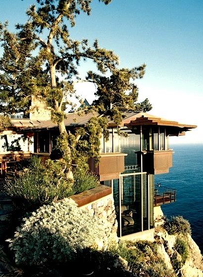 Cliff Top House, Big Sur, California